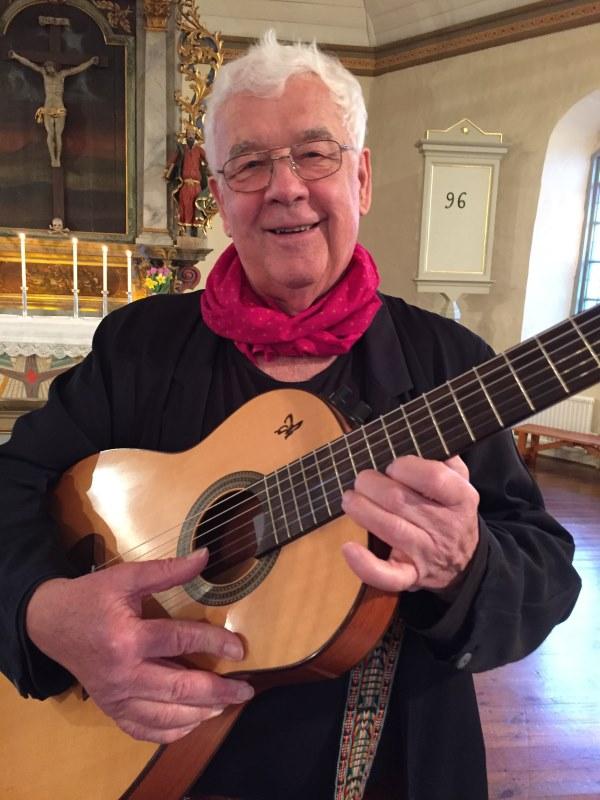Mats Paulson med gitarr